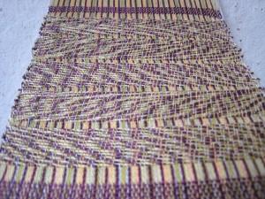 Weaving with marl Yarns B