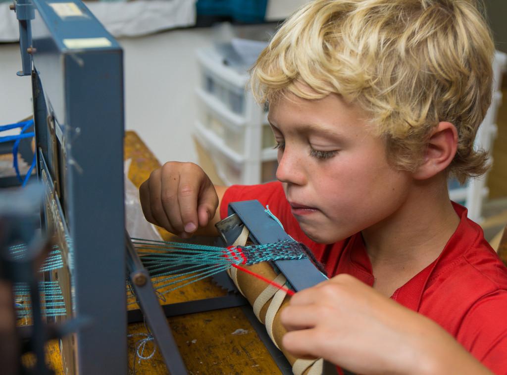 Kids Weaving 1