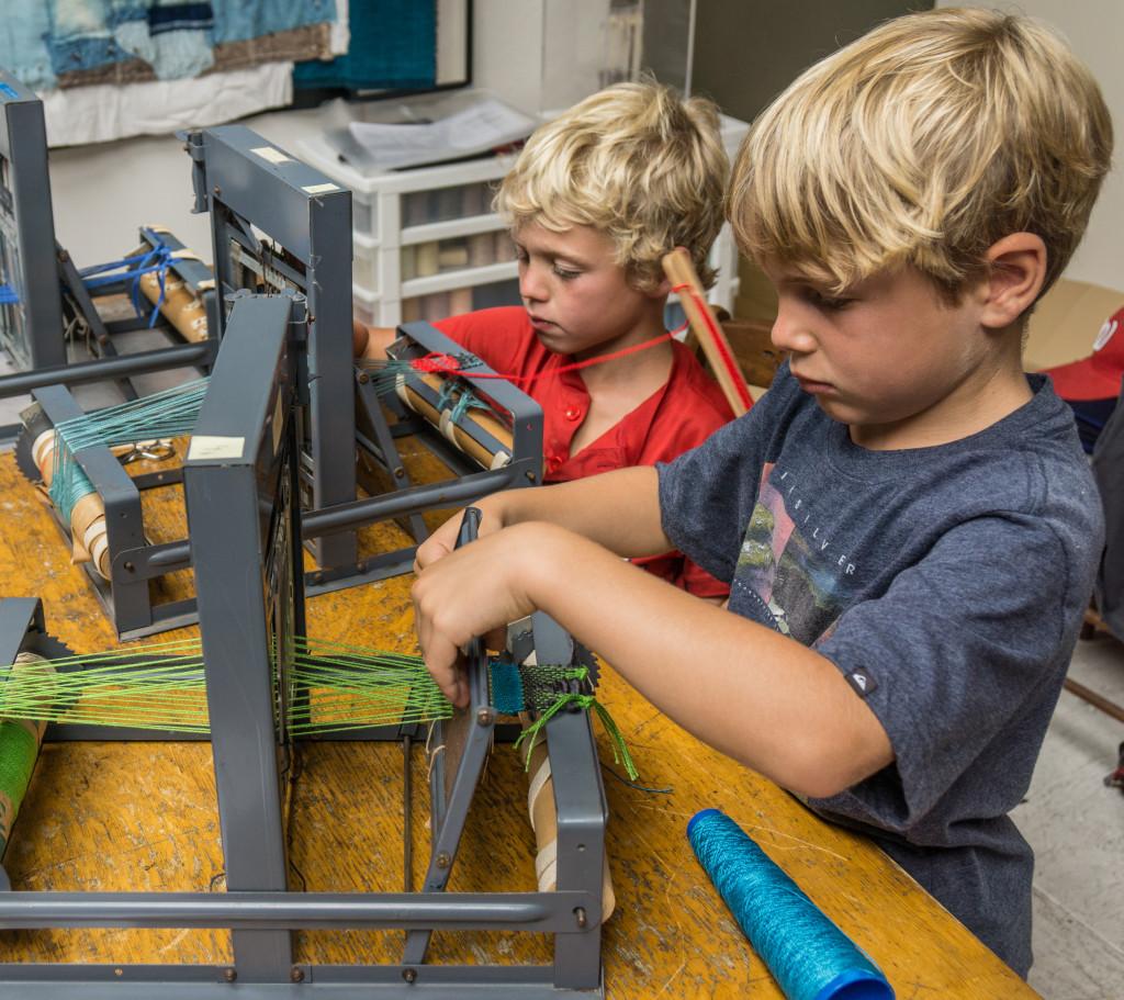 Kids Weaving 2